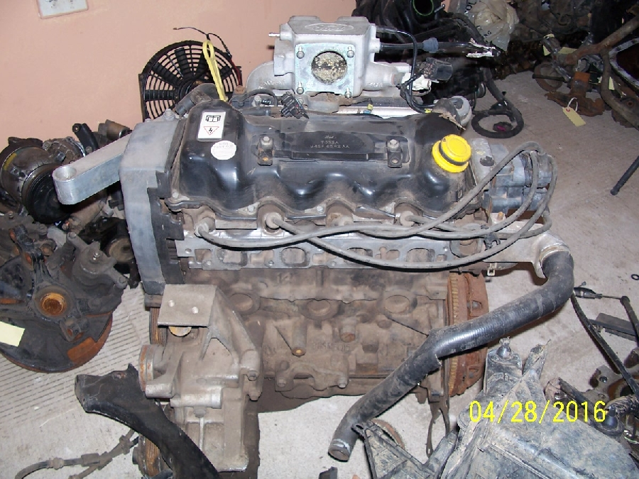 12-ford-bantam-cvh-engine