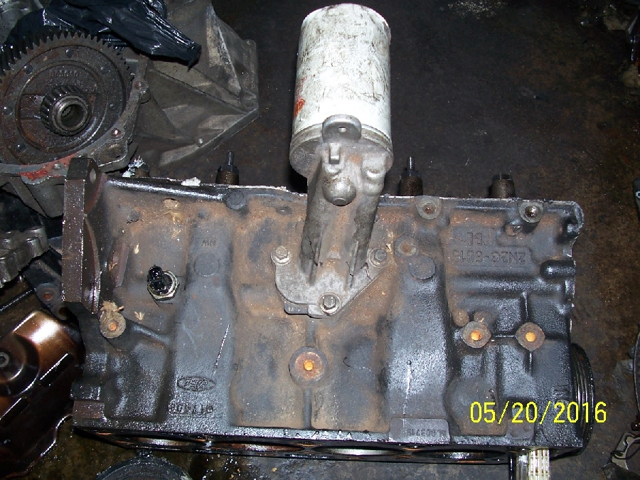 8-ford-bantam-rocam-engine-16--engine-block-&amp-crankshaft